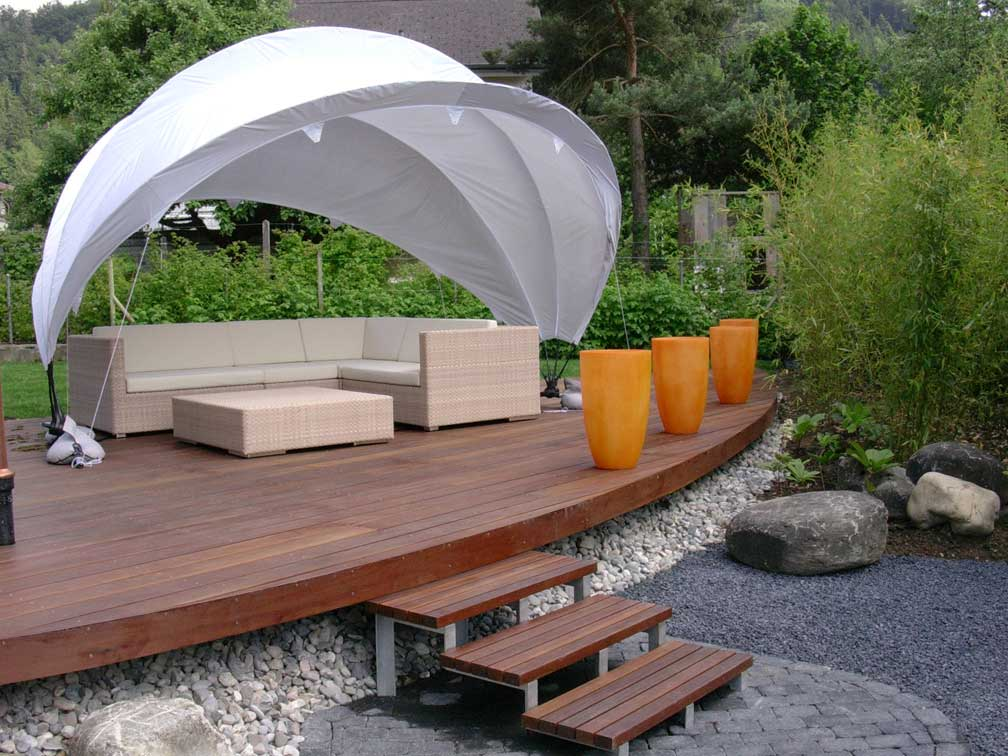Terrasses réalisées avec les matériaux de l'entreprise Balteschwiler Sa