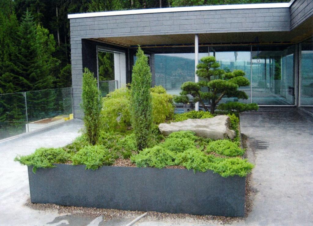 Terrasse réalisée avec un bac polyestère de 2,5m / 5m  de la maison Müller polyestère SA